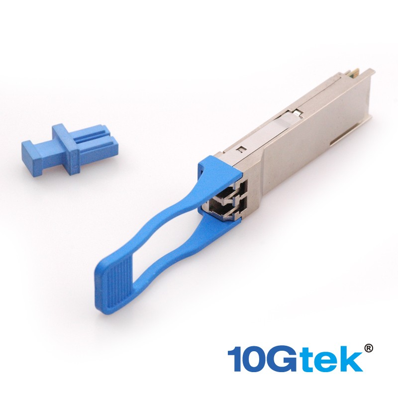 For Extreme 10403, 100Gb optical Ethernet connection using LC duplex optical connectors over SMF (single-mode fiber).